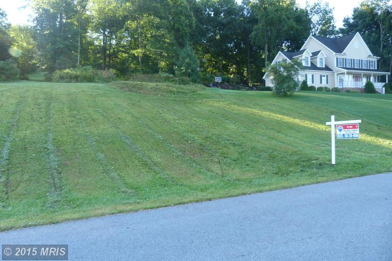 Durham Cir, Waynesboro, PA 17268