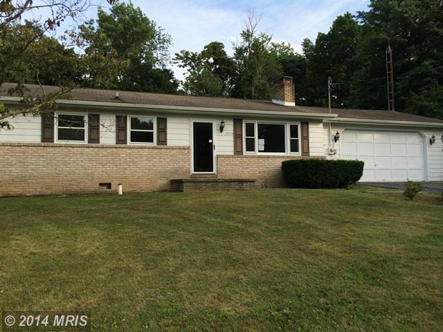 15716 Valley Ave, Blue Ridge Summit, PA 17214