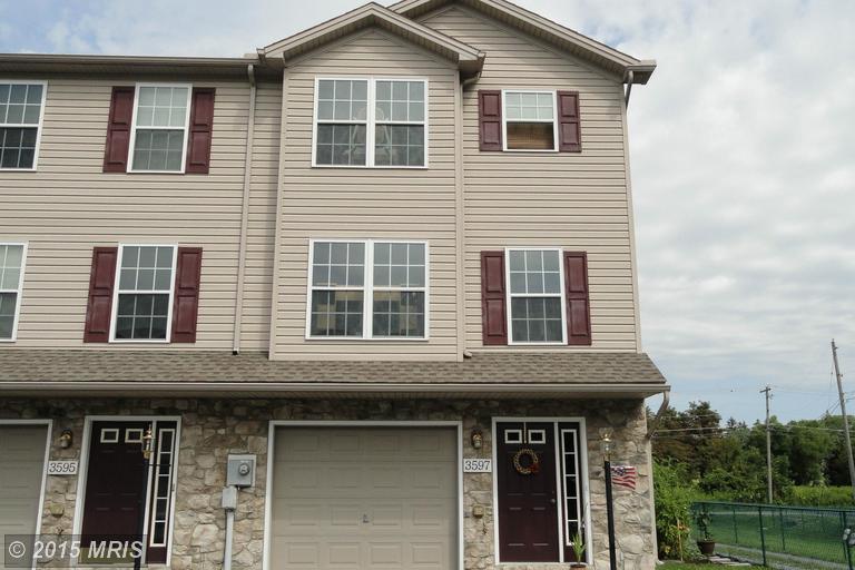 3597 Pinecrest Ct, Fayetteville, PA 17222