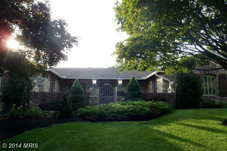 70 Edgewood Cir, Chambersburg, PA 17202