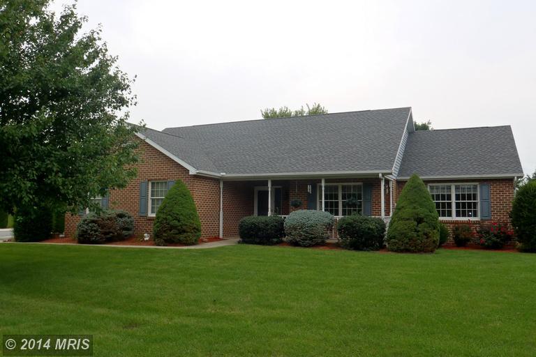 5021 Greenvillage Rd, Chambersburg, PA 17202