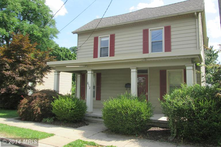612 E Washington St, Chambersburg, PA 17201