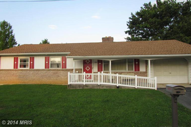 140 Downey Dr, Chambersburg, PA 17202
