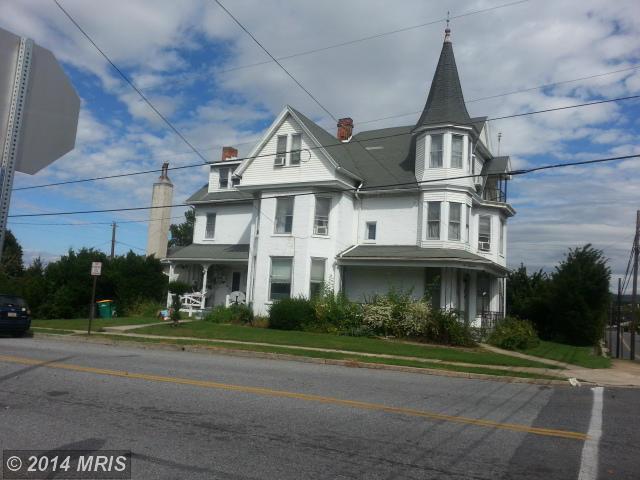 200 N Grant St, Waynesboro, PA 17268