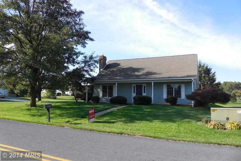 3489 Turnberry Dr, Chambersburg, PA 17202