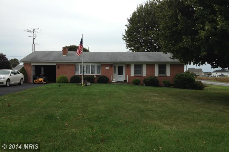 644 Lynn Dr, Greencastle, PA 17225