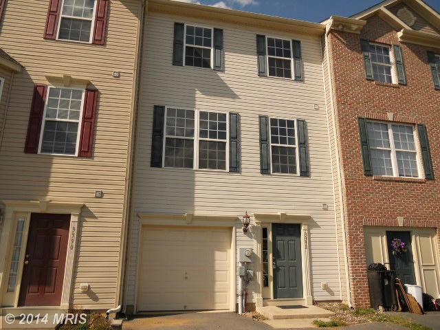 3392 Landmark Ct, Chambersburg, PA 17201