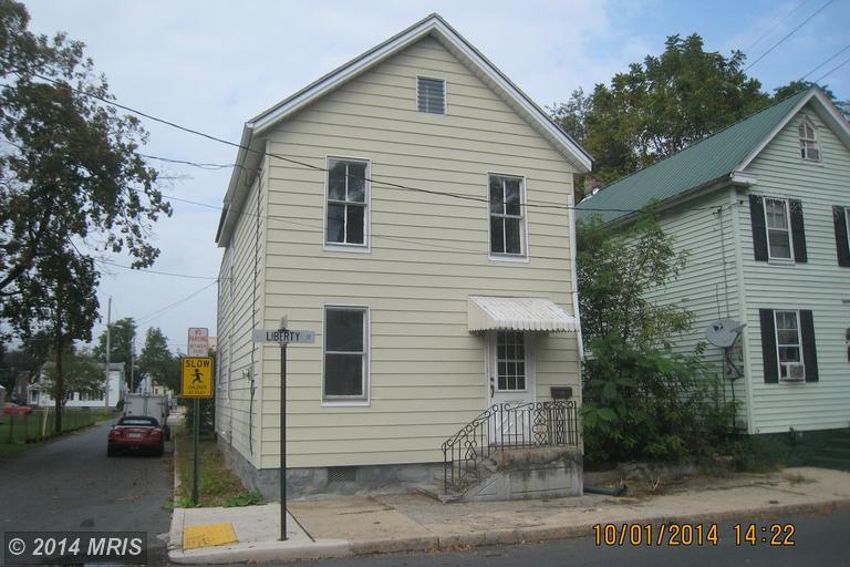 321 E Liberty St, Chambersburg, PA 17201