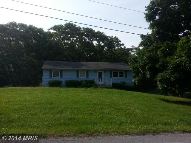 11540 Burkett Ln, Greencastle, PA 17225