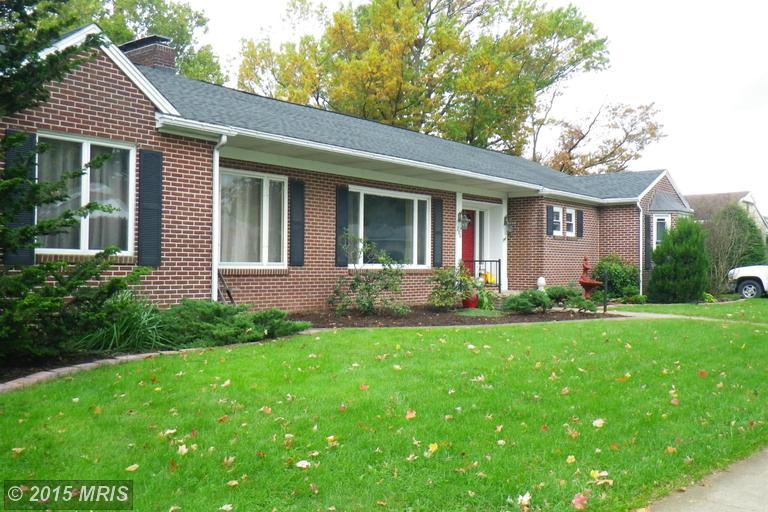 710 E Mckinley St, Chambersburg, PA 17201