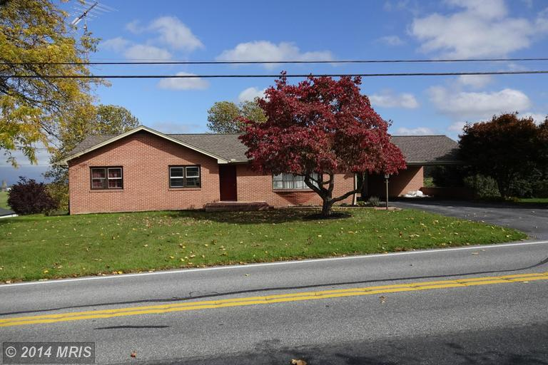 1262 Sollenberger Rd, Chambersburg, PA 17202