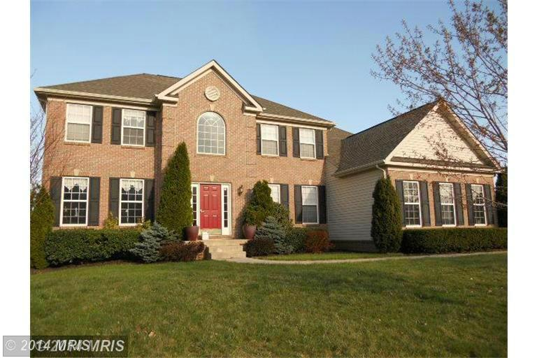 1205 Summerswood Dr, Saint Thomas, PA 17252