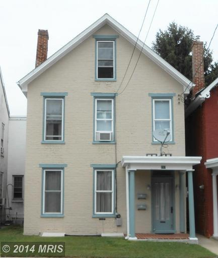 237 W King St, Chambersburg, PA 17201