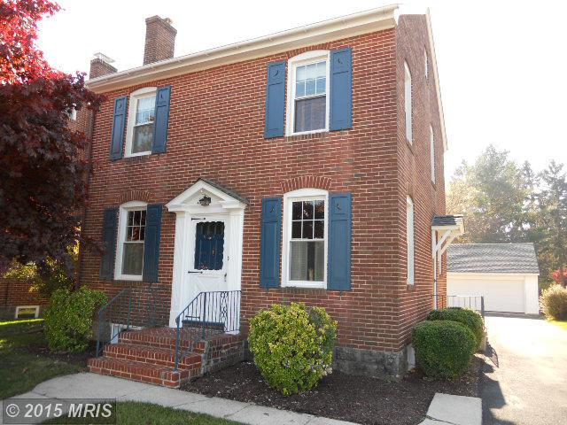 776 E Catherine St, Chambersburg, PA 17201