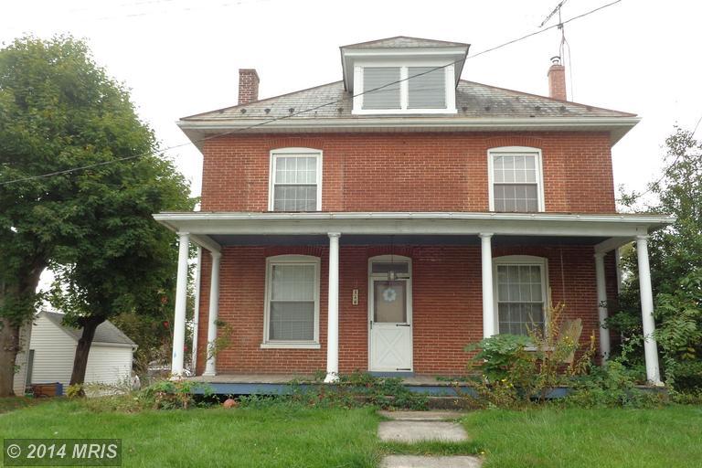 450 Buchanan Trl W, Greencastle, PA 17225