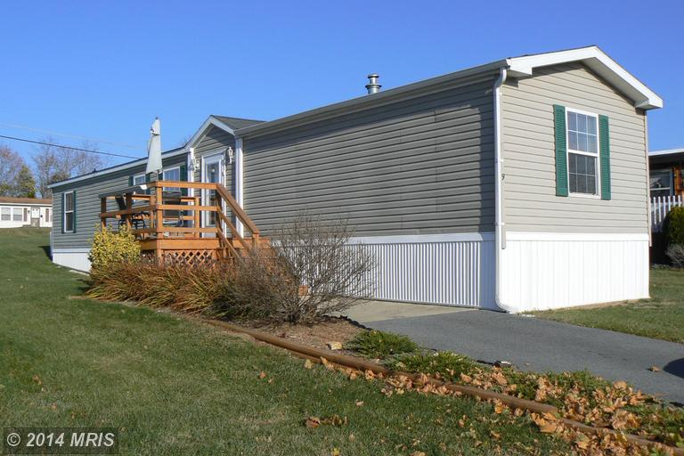 13790 Molly Pitcher Hwy # 9, Greencastle, PA 17225