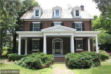 30 College Ave, Chambersburg, PA 17201
