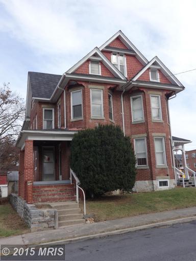 61 Hazel St, Chambersburg, PA 17201