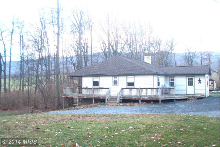 8754 Mount Olivet Rd, Chambersburg, PA 17202