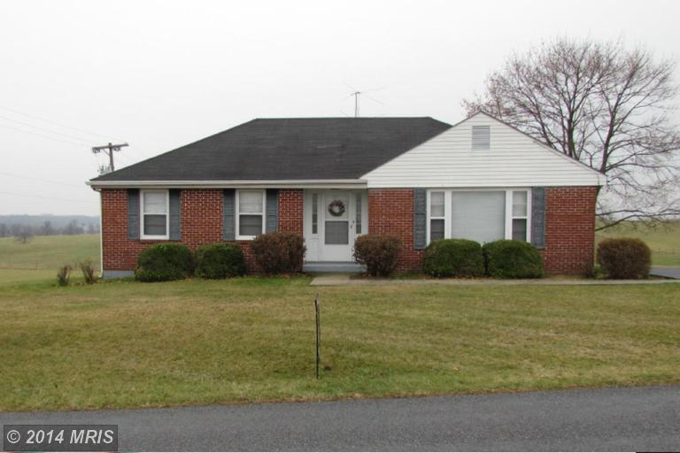 2416 Crottlestown Rd, Chambersburg, PA 17202