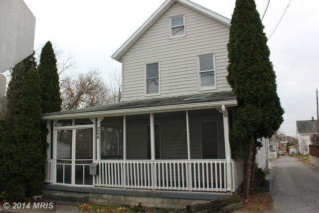 264 W Burkhart Ave, Chambersburg, PA 17201