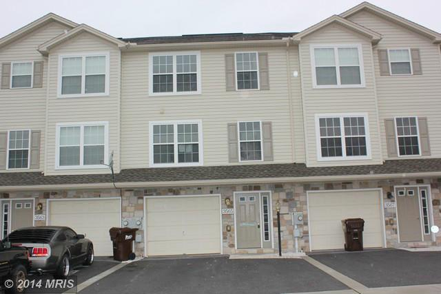 3565 Maplewood Ct, Fayetteville, PA 17222