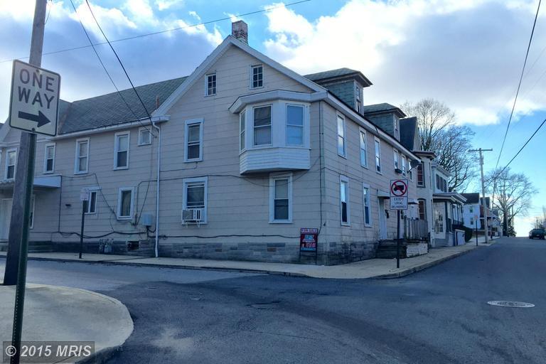 103 S Church St, Waynesboro, PA 17268