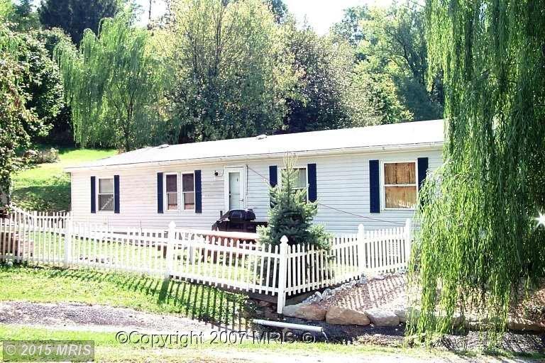 8790 Bakner Rd, Waynesboro, PA 17268