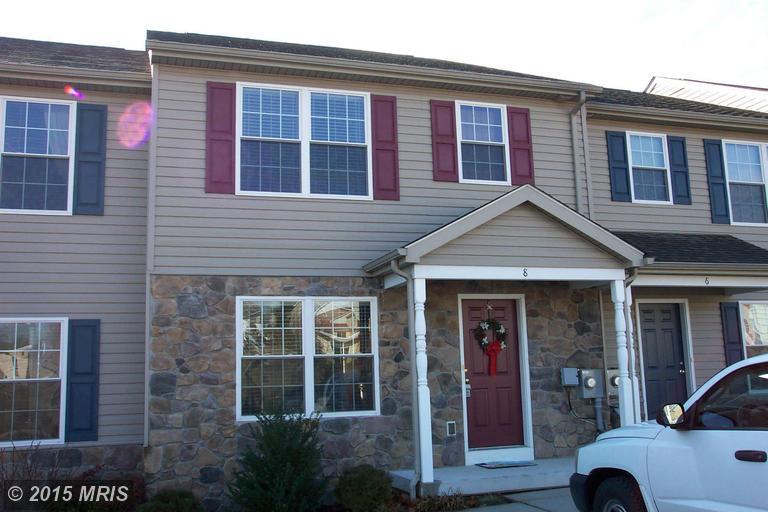 8 E 9th St, Waynesboro, PA 17268