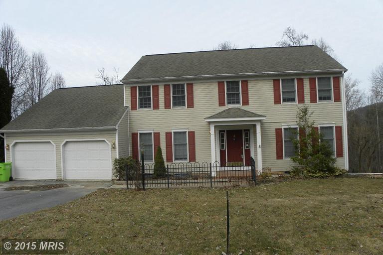 12110 Forest Hill Rd, Waynesboro, PA 17268