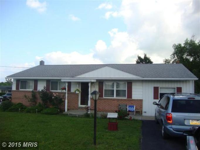 3366 Buchanan Trl W, Greencastle, PA 17225
