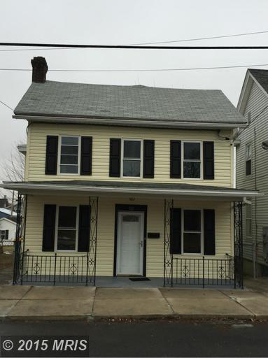332 Ringgold St, Waynesboro, PA 17268