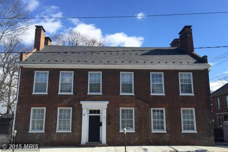 57 S Main St, Mercersburg, PA 17236