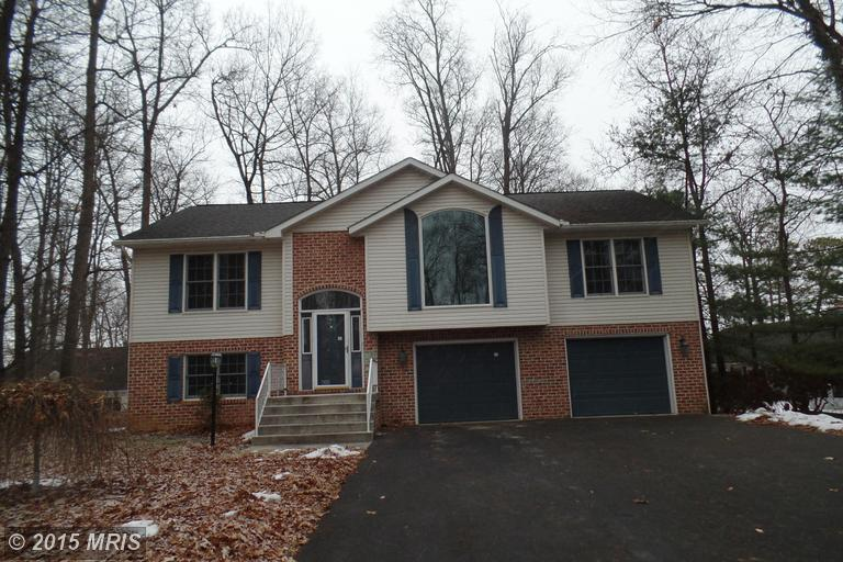 6071 Greenbriar Ct, Fayetteville, PA 17222