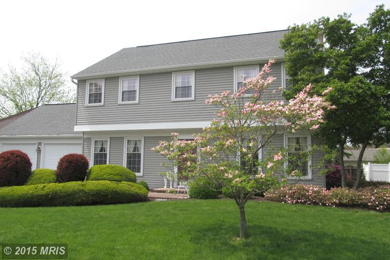 925 Cypress St, Chambersburg, PA 17201