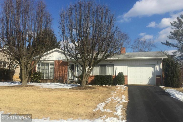 933 Sunset Ave, Waynesboro, PA 17268