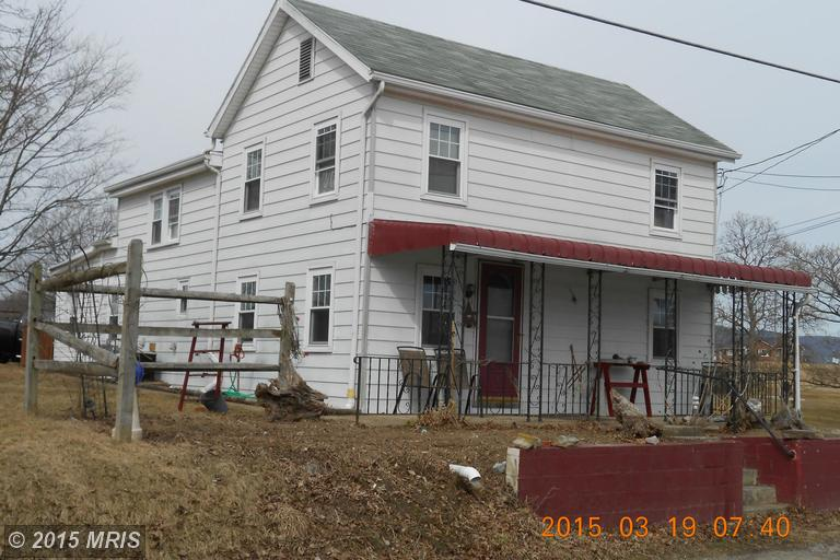 9821 Fort Loudon Rd, Mercersburg, PA 17236