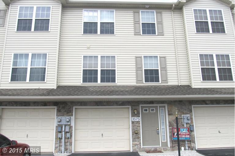 3575 Pinecrest Ct, Fayetteville, PA 17222