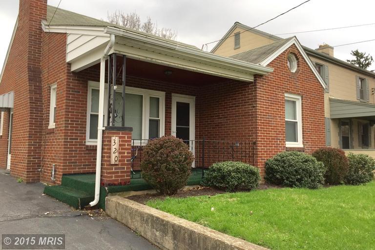 320 Stouffer Ave, Chambersburg, PA 17201