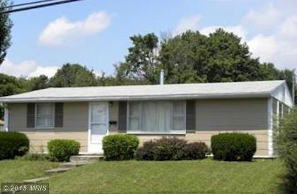 379 W Main St, Fayetteville, PA 17222