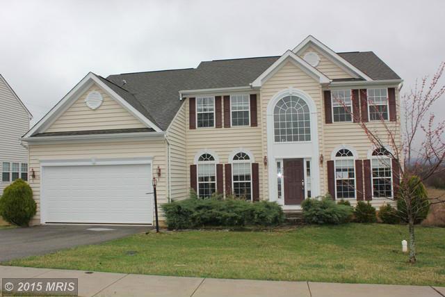 528 Hollengreen Dr, Waynesboro, PA 17268