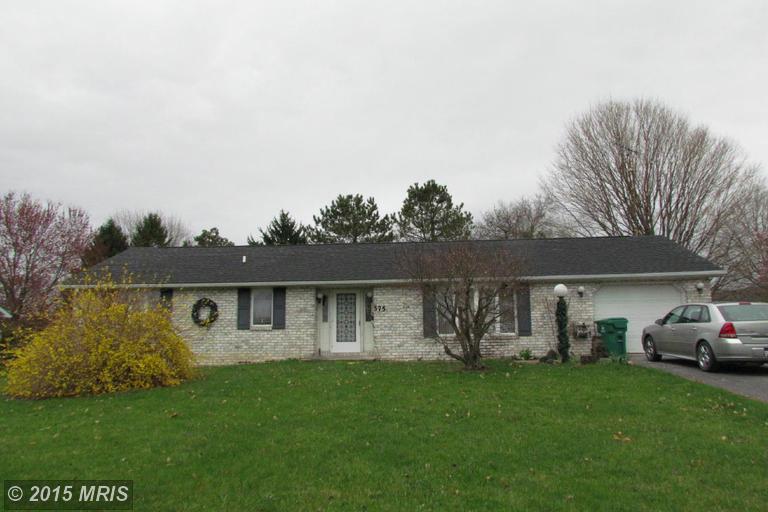 375 Barnett Ave, Waynesboro, PA 17268