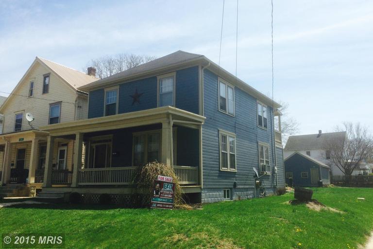 1208 Scotland Ave, Chambersburg, PA 17201
