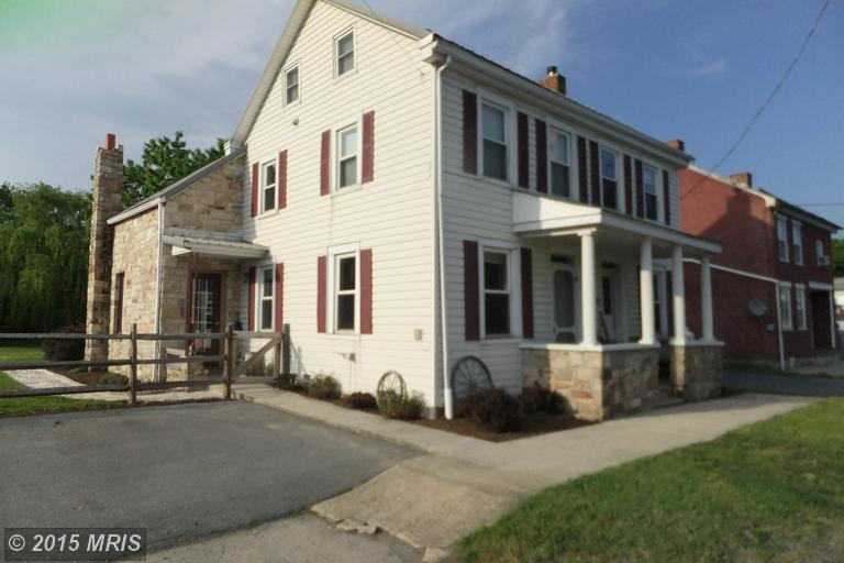 11089 Roxbury Rd, Roxbury, PA 17251