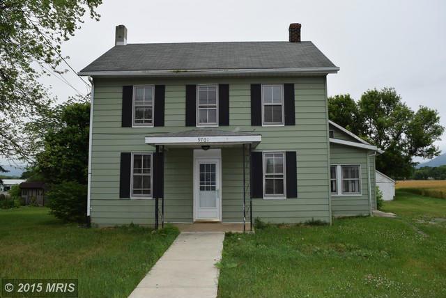 9701 Harrytown Rd, Mercersburg, PA 17236