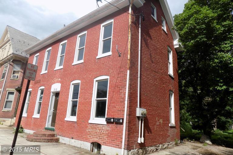 310 S 2nd St, Chambersburg, PA 17201