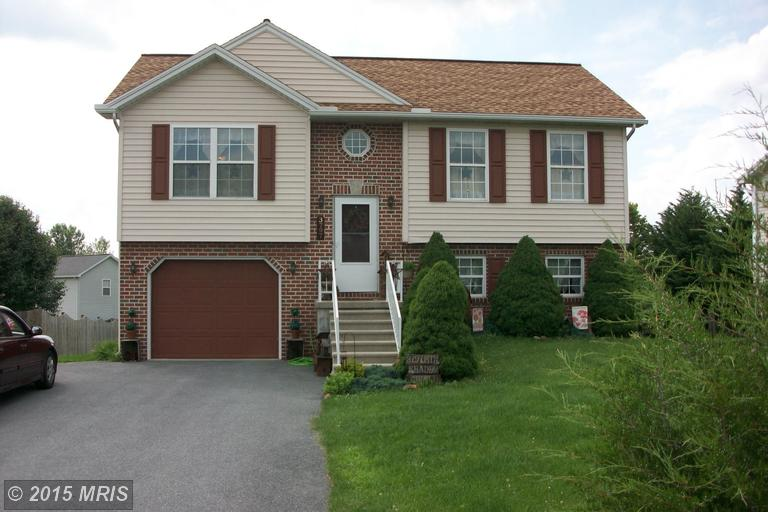 3797 Mountain Shadow Cir, Fayetteville, PA 17222