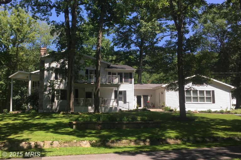 1111 Houser Rd, Fayetteville, PA 17222