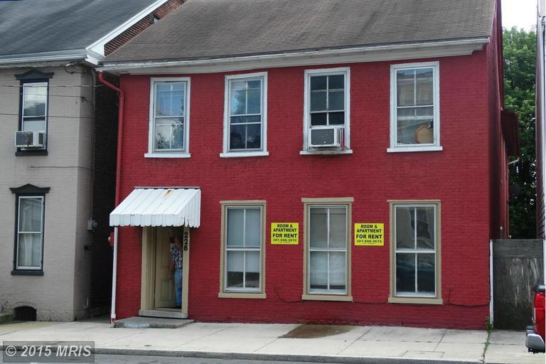 226 Lincoln Way W, Chambersburg, PA 17201