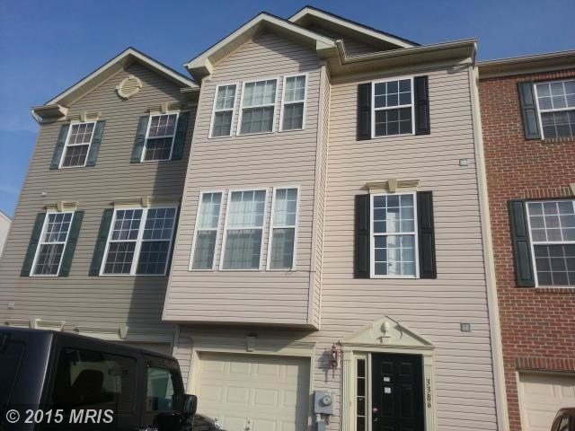 3386 Landmark Ct, Chambersburg, PA 17201